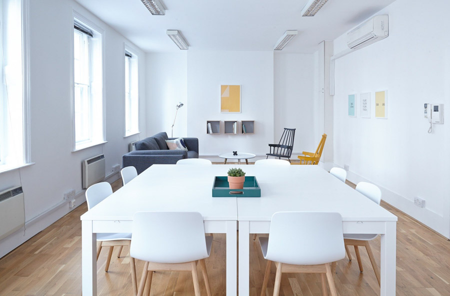 Bonifiche ambientali da microspie in ufficio e sala riunioni in azienda a Milano e provincia